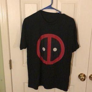 Adult Medium Deadpool Logo T-shirt